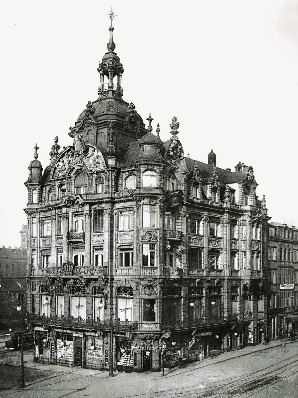 The Kaiserpalast
