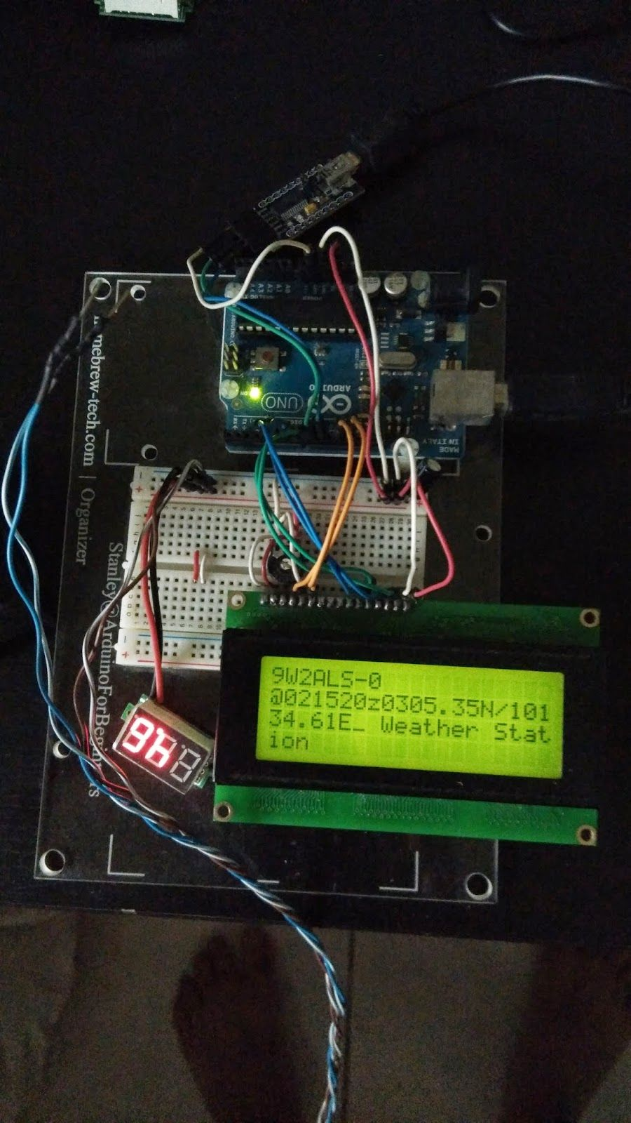 Building an Open Source Arduino APRS Tracker with LCD & GPS