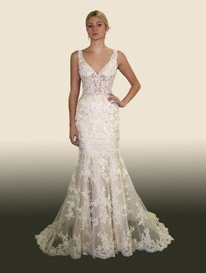 Trending Private Label Size Sample Wedding Dresses Petite Wedding DressesPrincess Wedding DressesLace WeddingsBridal DressesV Neck