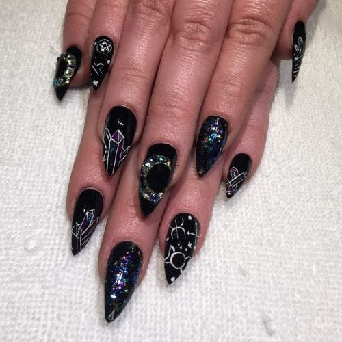 20 Witchy Nails To Cast A Spell On You! Halloween Or Not ...