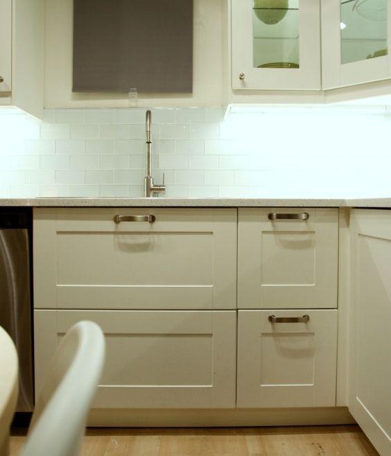 Best Ikea S New Kitchen System Sektion Off White Grimslov 400 x 300