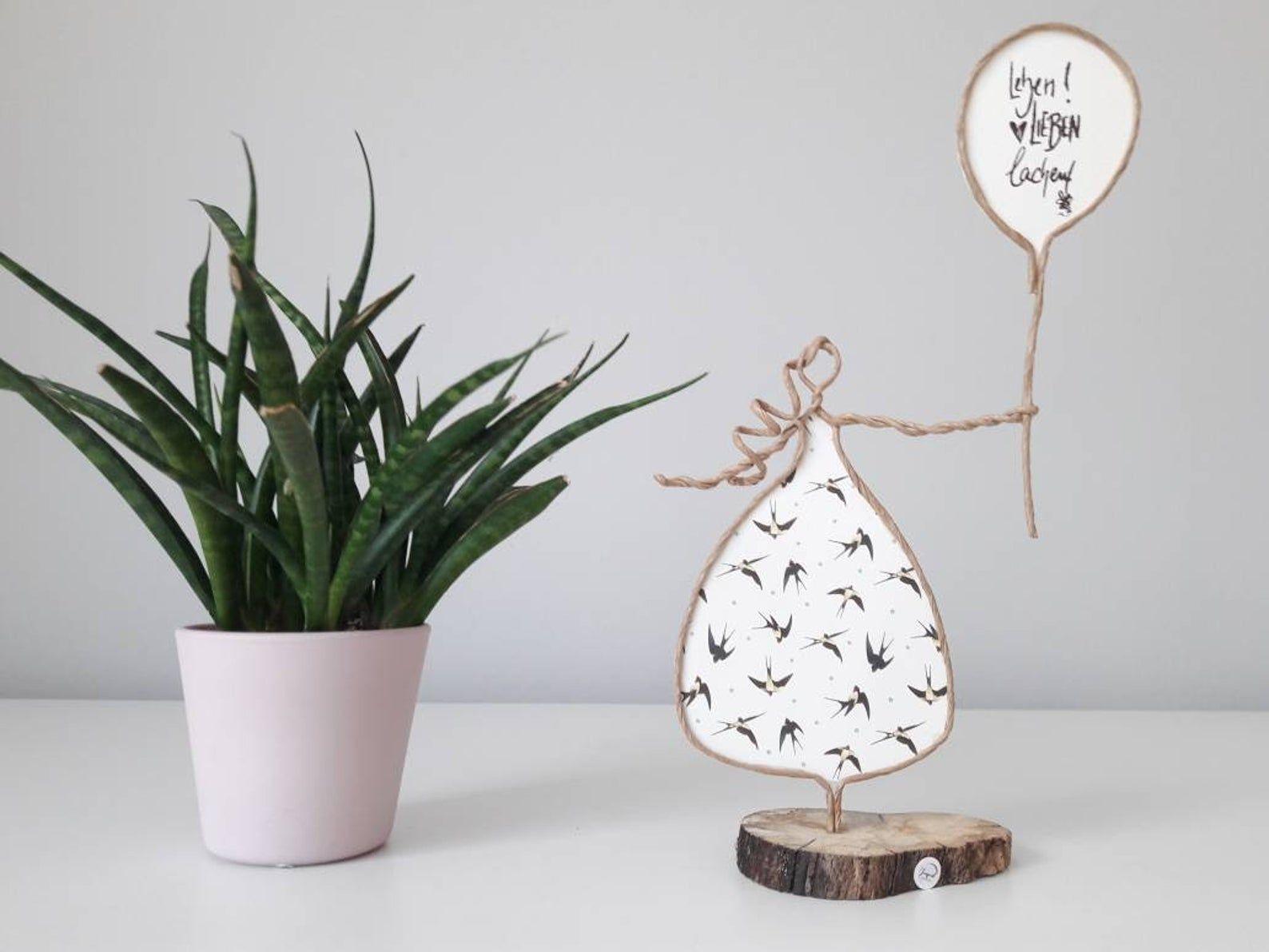 Papierdrahtfiguren: Frau mit Ballon - Leben, Liebe, Lachen. Perfektes Geschenk für Ihren Geburtstag oder für Ihre Lieblingsperson.