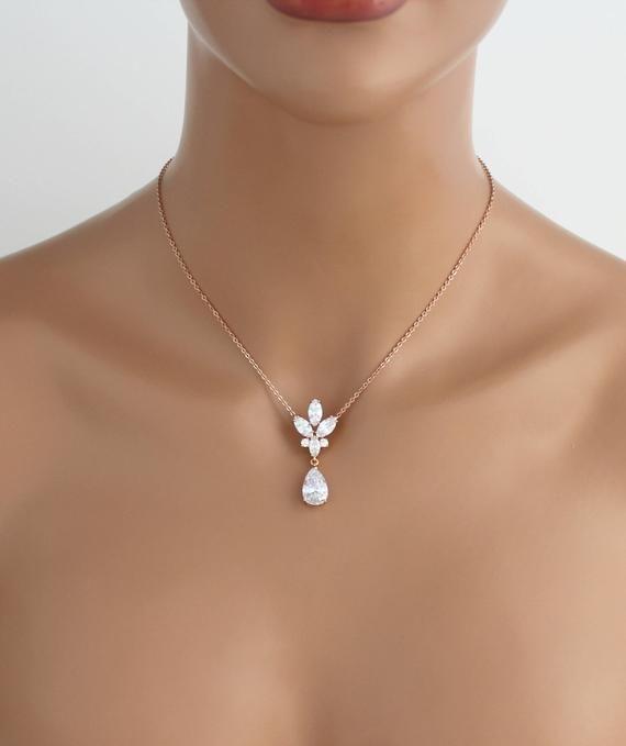 Collar de espalda de oro rosa Collar de telón de fondo nupcial Joyería nupcial Collar CZ Collar de boda Joyería de boda Collar de gota de cristal trasero