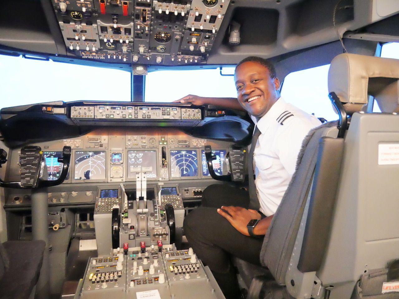 first officer pilot jobs uk