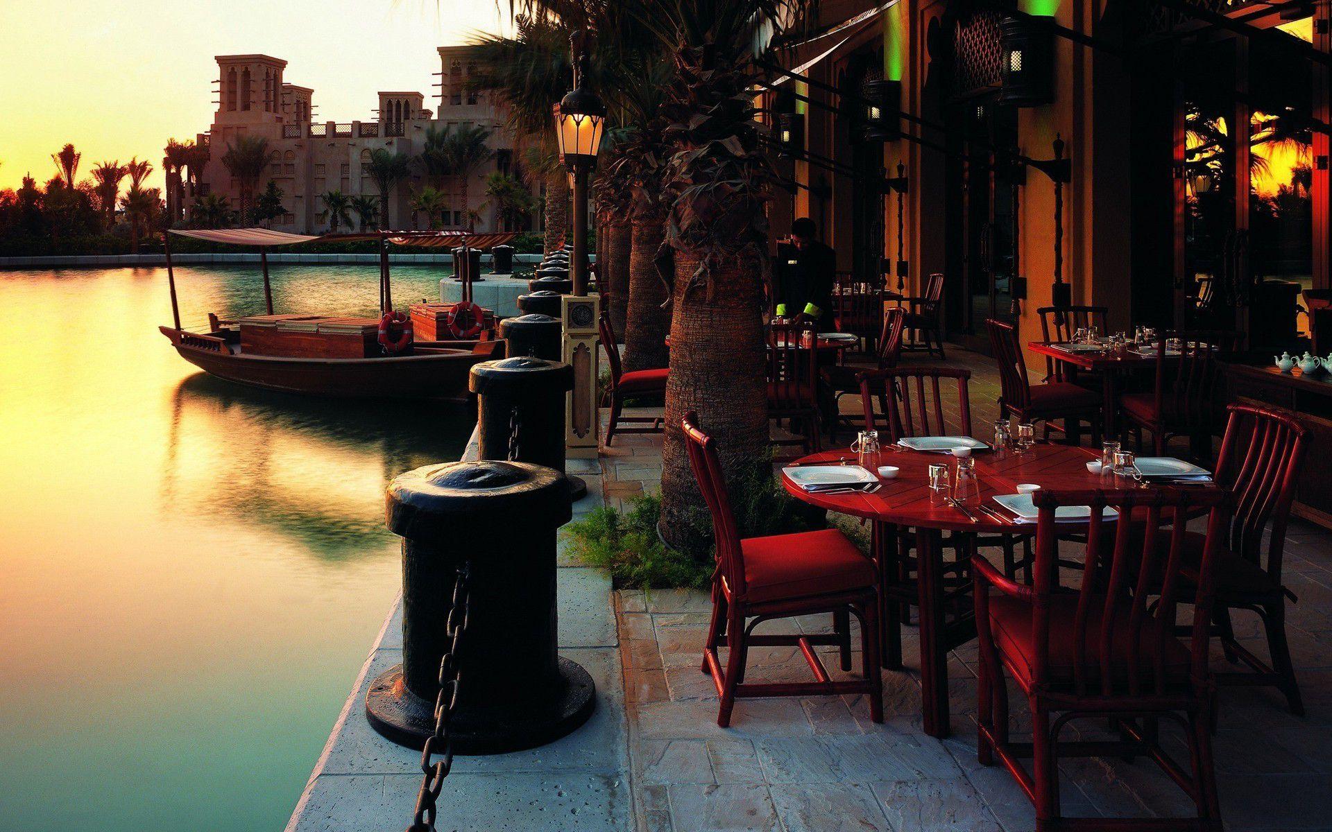 sidewalk cafe in venice - Bing Images   Outdoor restaurant ...