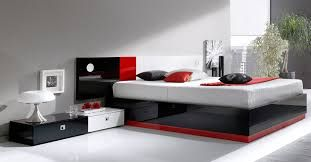 Ideas para decorar un dormitorio moderno #decoracion #gris #blanco #plateado #metalizado #negro #dormitorio #habitacion #decor #room #hogar #home #decor #ideas #tips #como #decorar #color