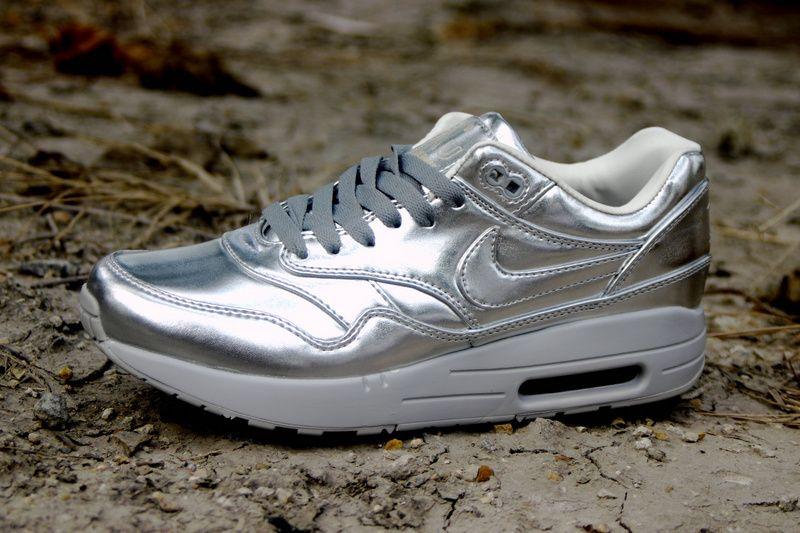 Nike Air Max 1 SP 'Liquid Silver' (Metallic Silver & Light Bone)