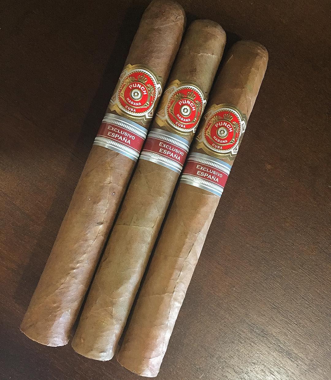 Punch ER Espana 2009 #cuba #cigar #cuban #cigars #charuto #botl #havana #habanos #humidor #zigarren #sotl #smoke #sigari #sigaro #smoking #tobacco #punch #spain #espana by cigar_collector