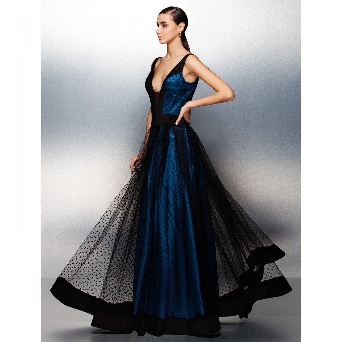Jeweled tulle vestidos bellos pinterest ball gowns jewel
