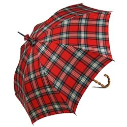 Red plaid umbrella.. yes please!