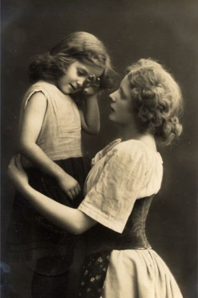 Antique Photos, Vintage Photographs, Old Time Photos, Old Pictures, Vintage  Pictures