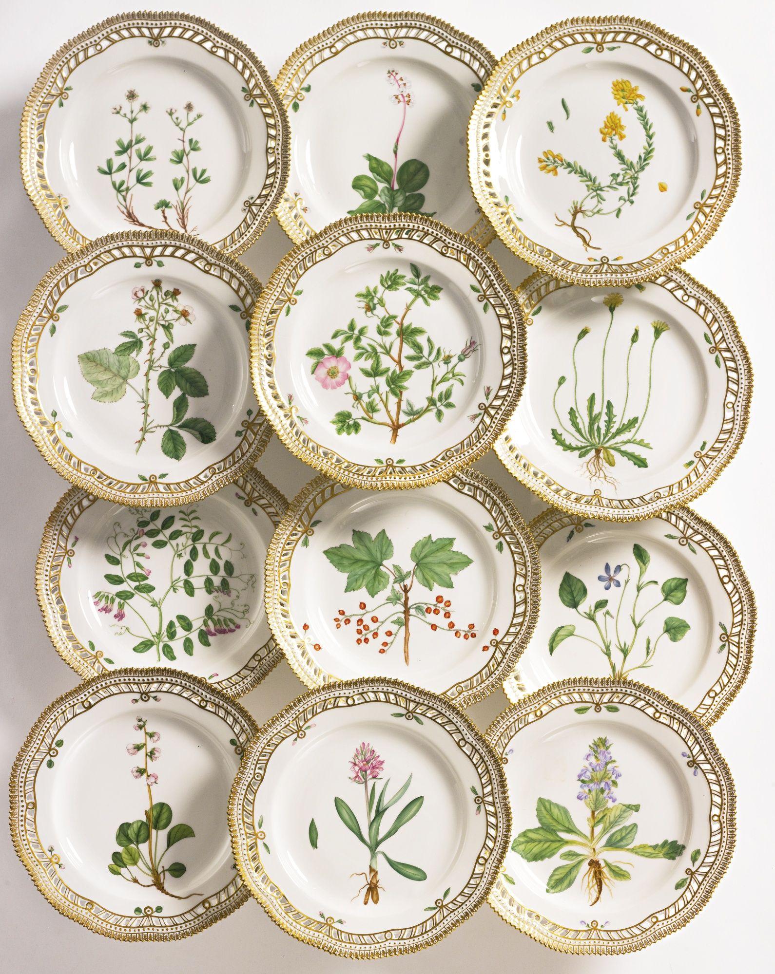 a set of twelve royal copenhagen 'flora danica' reticulated dinner  - a set of twelve royal copenhagen 'flora danica' reticulated dinner platesmodern standard printed