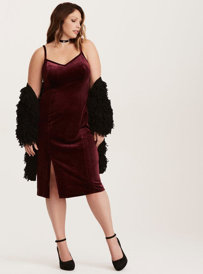 a9a8418cbe01a 14 Curve-Friendly Dresses to Wear to All Of Your Holiday Parties ...