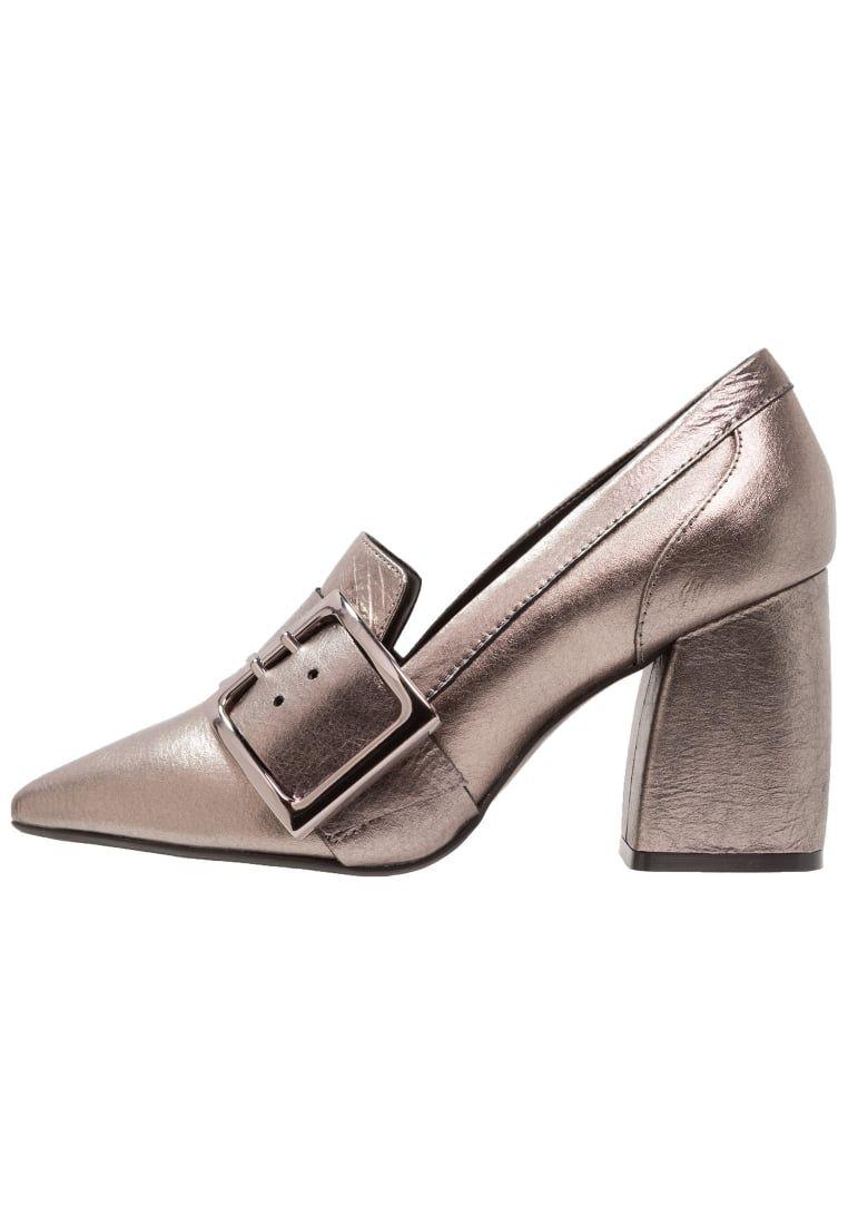 15853883 ¡Consigue este tipo de zapato de tacón de Bronx ahora! Haz clic para ver