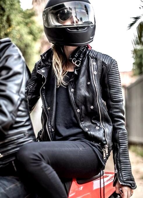 Moto chic. (With images) | Biker girl outfits