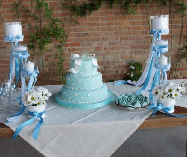 Tavolo allestito per il Battesimo
