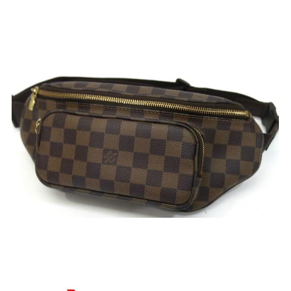 3ce56f2cfc19 LOUIS VUITTON Damier bum bag Melville Bag in 2019