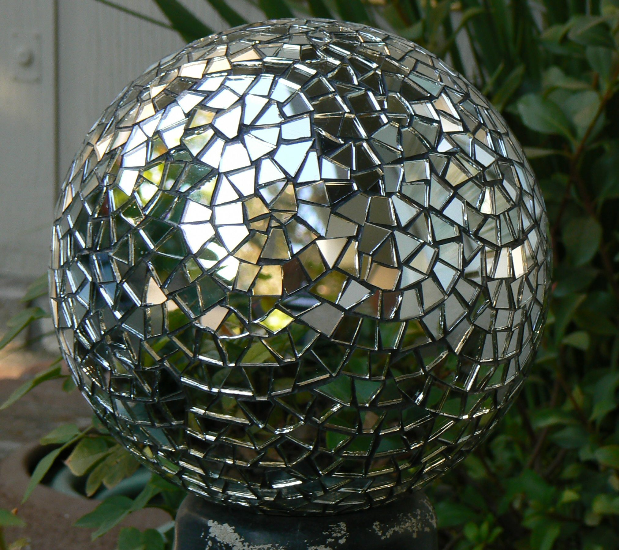 Mirror Mosaic Garden Sphere Mirror Mosaic Mosaic Art Mosaic Garden