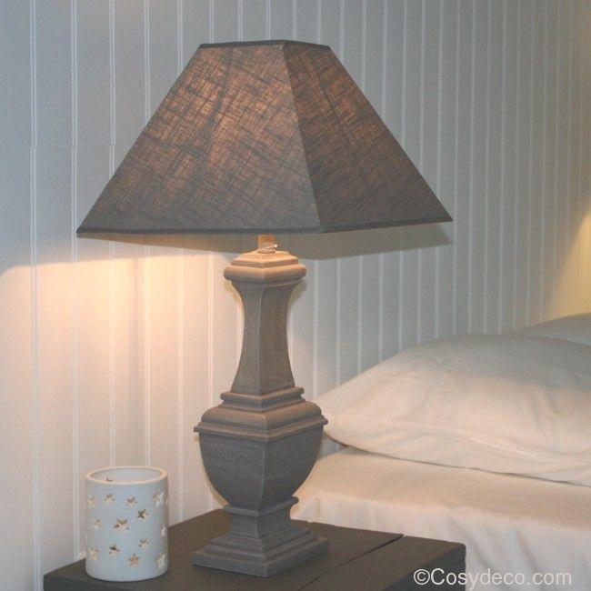 Lampe bois gris style gustavien avec abat jour appliques for Objet deco a poser sur une table