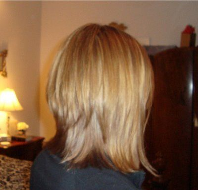 Long Angled Inverted Bob For When Pixie Grows Out Headrushdesigns Inverted Bob Hairstyles Bob Hairstyles Hair Styles