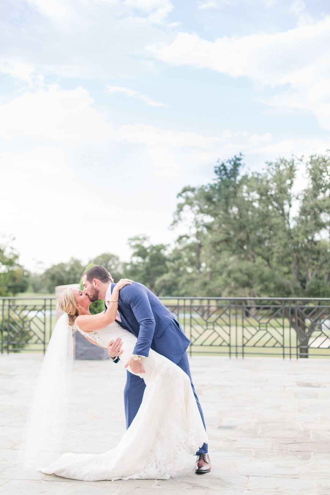 Kristen Blaine River Oaks Country Club Wedding In Houston Tx Us In 2020 Country Club Wedding Wedding Wedding Aisle