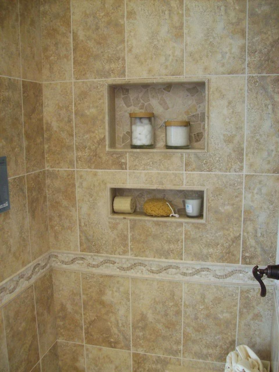 Bathroom Tile Ideas For Small Showers Design That Work Magnificent Ceramic Tile Ideas For Small Bathrooms Design Inspiration