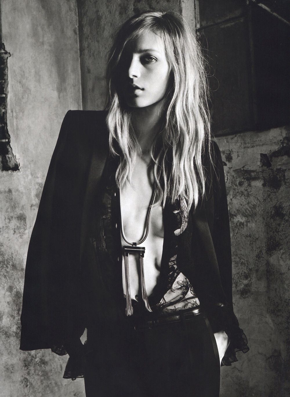 Julia Nobis Saint Laurent