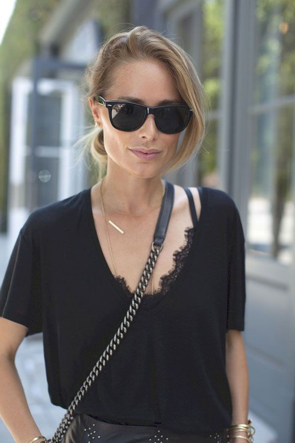 20 Style Tips On How To Wear A Bralette | T shirts, Black ...