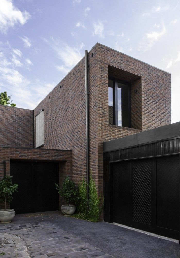 Mcilwrick Residences B E Architecture Brick Exterior House
