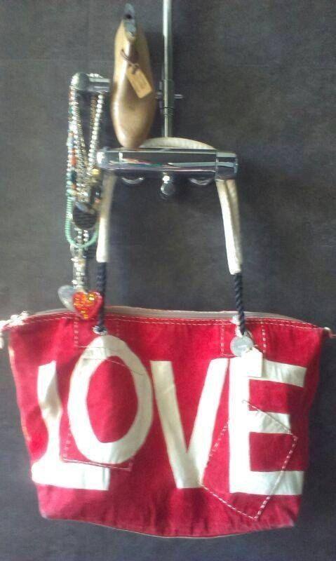 Ali Lamu Weekend Bag Red LOVE natural by PhilosophieBySophie