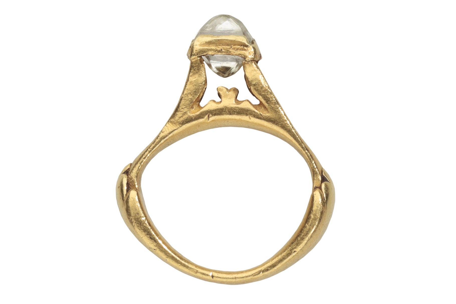 """Anillo DE CLERCQ, anillo del Imperio Romano, siglo 3 o 4 a.de.C. Expuesto en """"Cycles of Life Rings"""" de la colección privada de la familia Benjamin Zucker en Les Enluminures de Nueva York."""