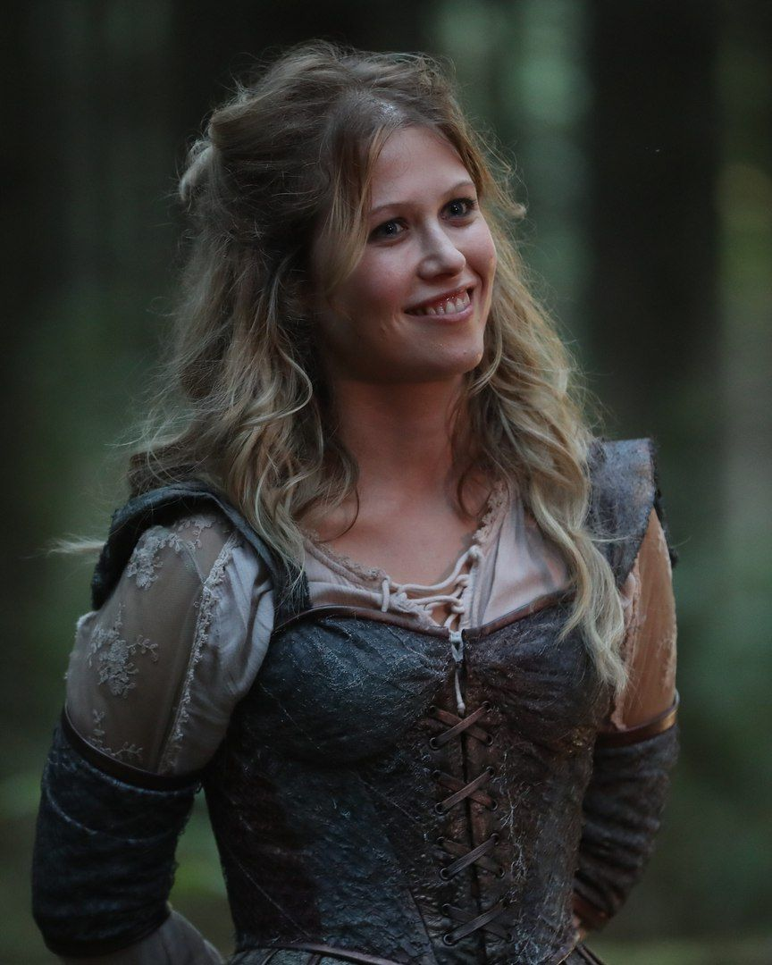 Alice From Wonderland And Other Places Lol Also Wish Realm Hook S