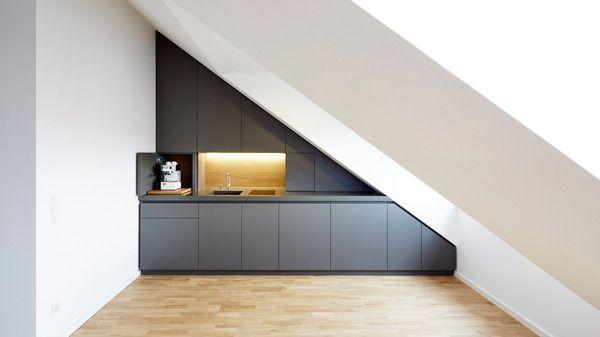 Küche in Dachschräge umlaufende Fuge als Grifffuge Küchen - kleine k che dachschr ge