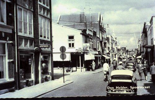 De Spoorstraat Tuinstraat omstreeks 1960