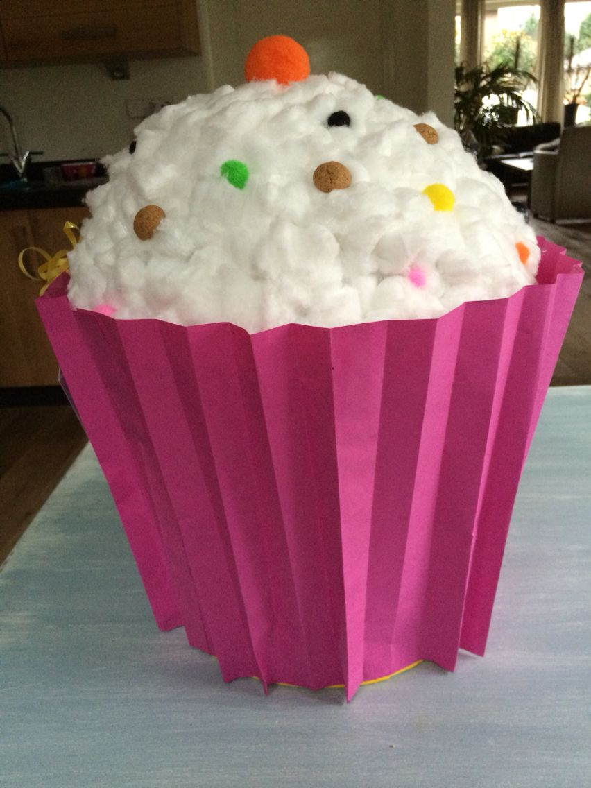 Cupcake Surprise Cupcakes Surprise Sinterklaas Cupcakes Desserts