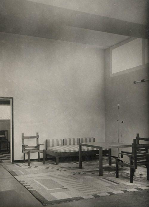 bauhaus musterhaus am horn 1923 weimar bauhaus in 2019 pinterest. Black Bedroom Furniture Sets. Home Design Ideas