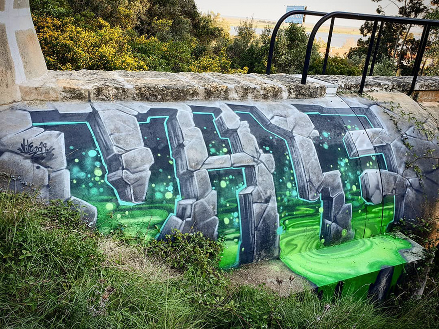 This Graffiti Artist Makes Walls Appear Transparent Using Nothing But Spray Paint Street Artists Street Art Sidewalk Art