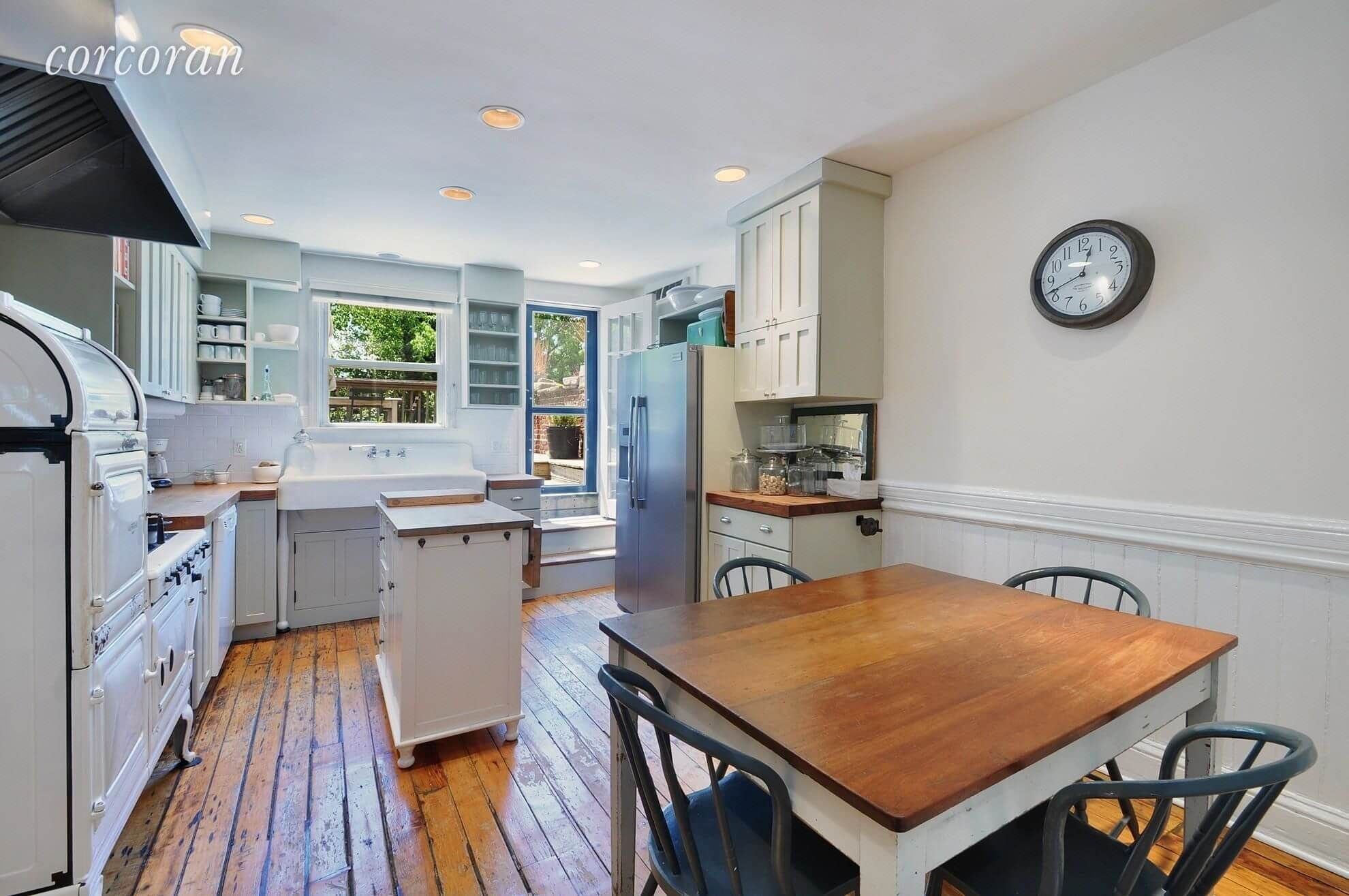 Brooklyn Apartments For Rent In Williamsburg At 62 Grand Street Brooklyn Apartments For Rent Home Brooklyn Apartment
