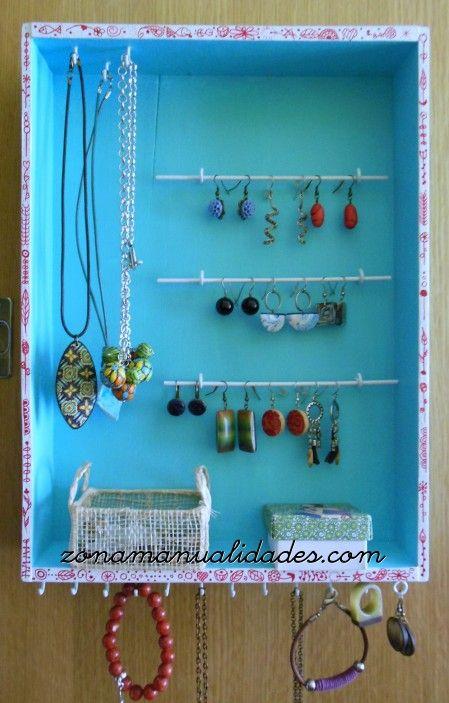 Tutorial armario expositor para bisuteria  JOYASORGANIZADORES Y EXPOSITORES  DIY Jewelry Jewelry organization y Jewellery display
