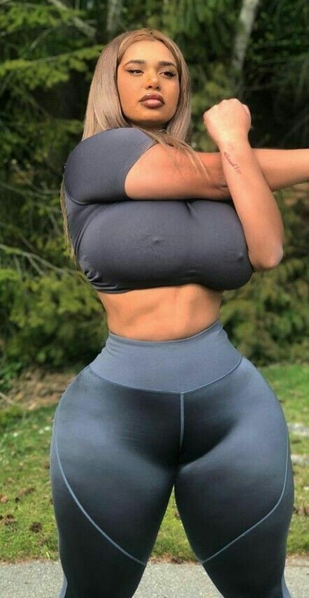Pin on Curvy Booty with clothes