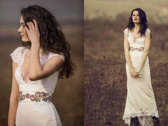 Thin boho wedding dress with lace and belt by AtelierDeCoutureJK, €310.00