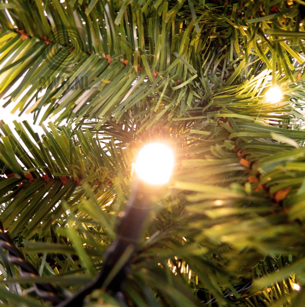 Detailfoto van kunstkerstboom Apeldoorn, een fraaie kunstboom met ...
