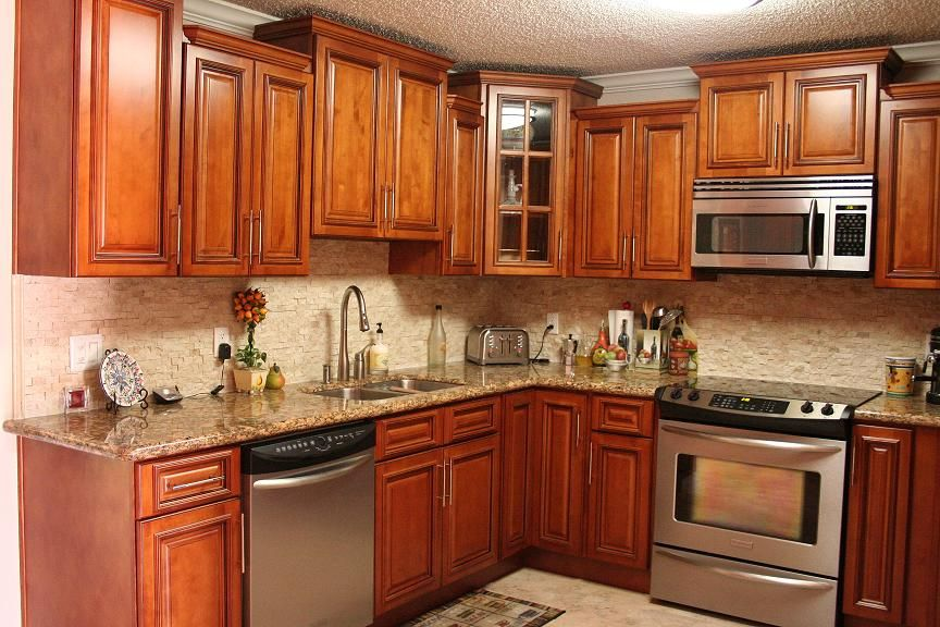 Maple Kitchen Cabinets | glazed maple 1.5. Love the color, richness ...