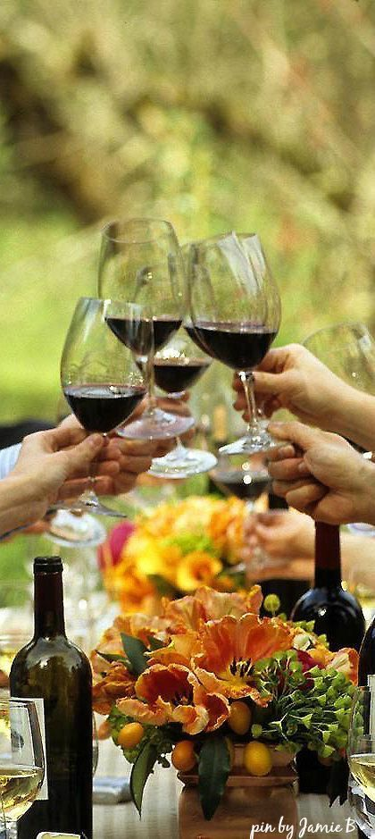 disfrutar de un buen vino en compañía.Felíz Cumpleaños.