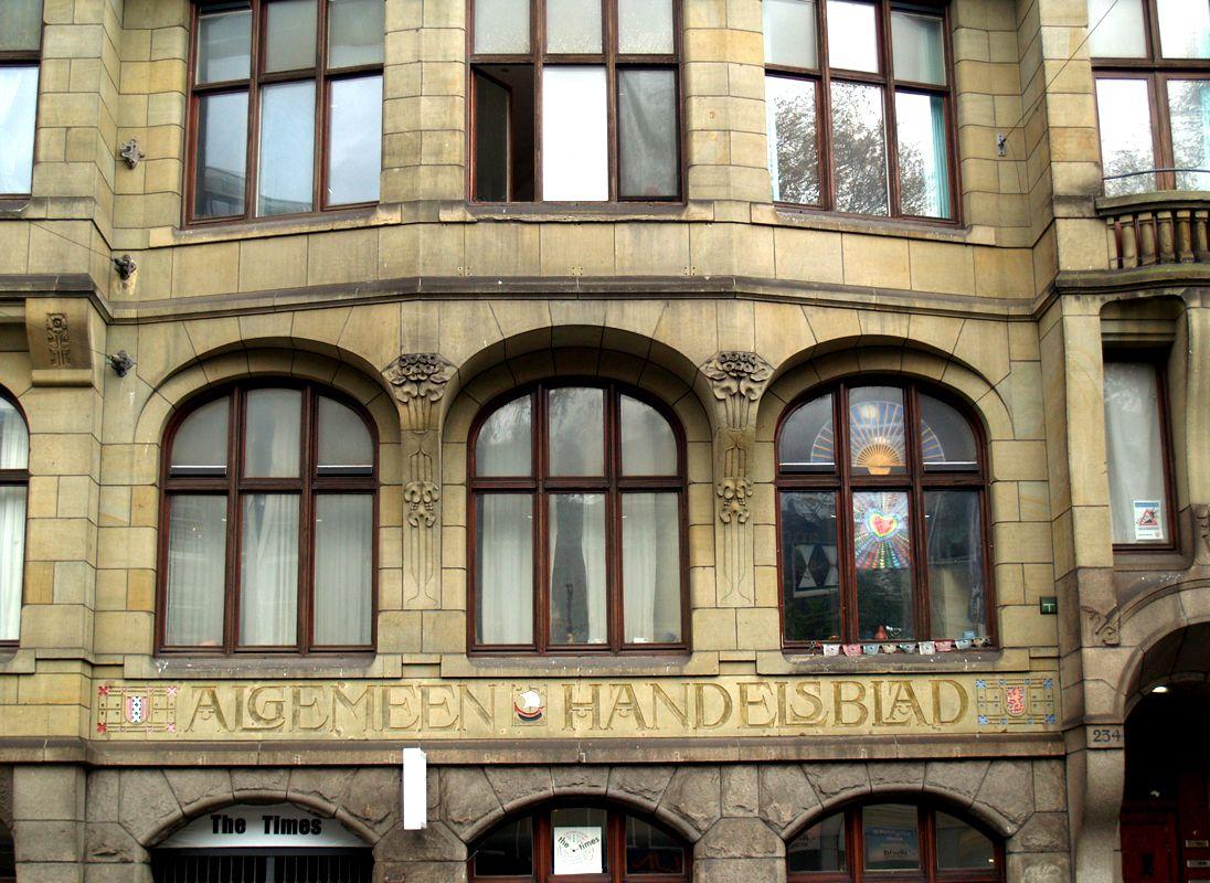 Photo of Amsterdamer Schularchitekt Eduard Cuypers, Gebäude der Algemeen Handelsblad, A …