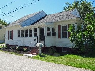 South Portland Cottage Rental: The Birdhouse At Willard Beach ~ A Maine Cottage At The Beach | HomeAway