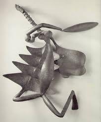 Alberto Giacometti. Mujer degollada [Femme égorgée] (1933). Bronce. Vaciado de 1949 fundido por Alexis Rudier Edición 5/5, 22 x 87,5 x 53,5 cm. Scottish National Gallery of Modern Art, Edimburgo, Reino Unido