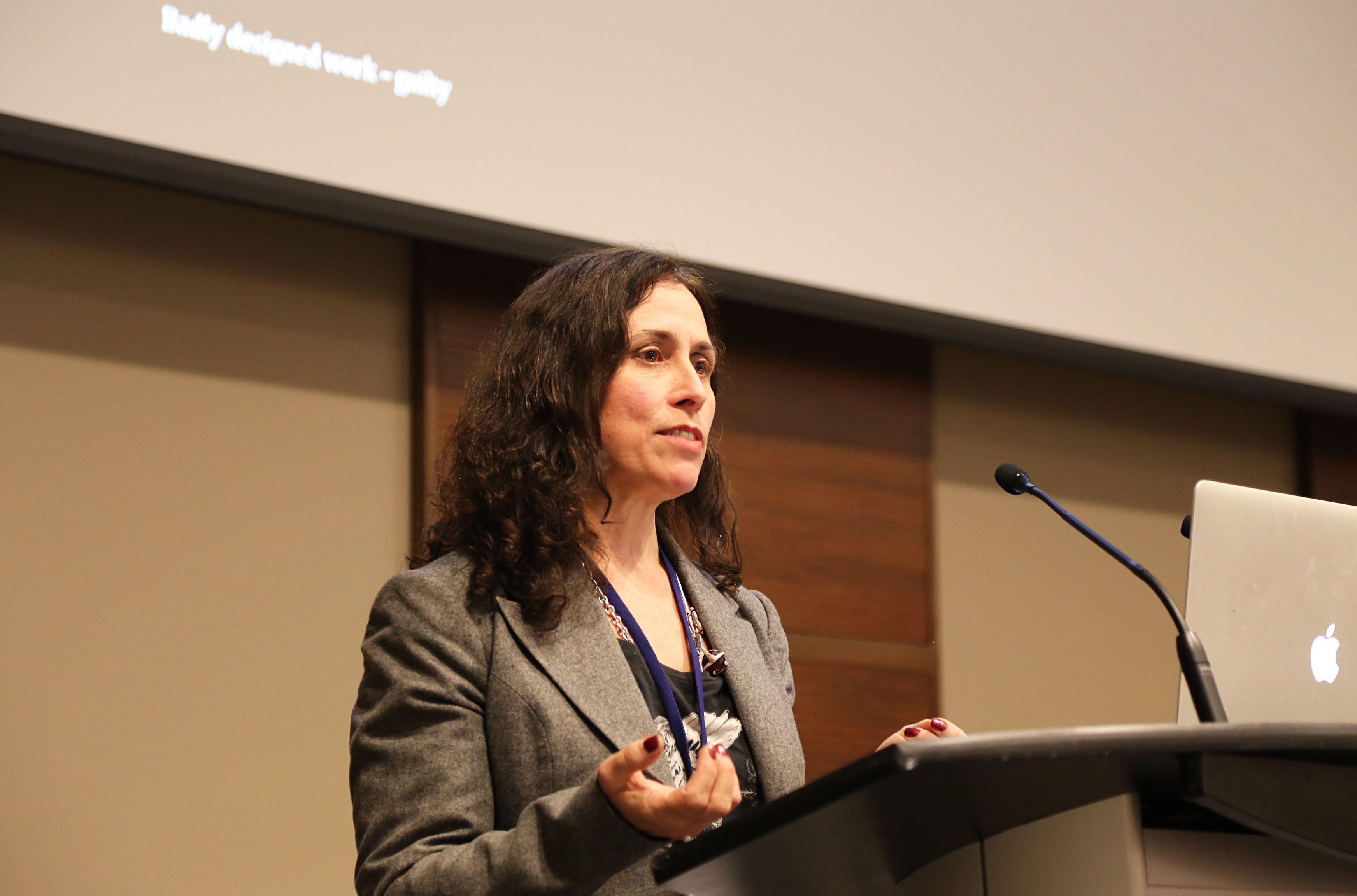 Caitlin Fisher - ebookcraft 2014 - BookNet Canada & eBOUND Canada  (c) Yvonne Bambrick http://www.booknetcanada.ca/technology-forum/