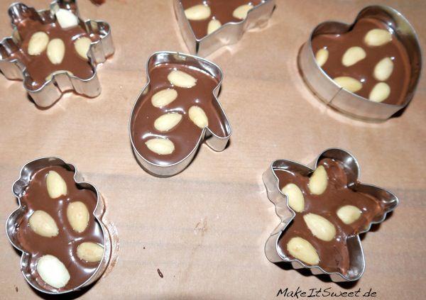Weihnachtliche-Schokolade-Christmas-DIY-Rezept-Mitbringsel #kleineweihnachtsgeschenkebasteln