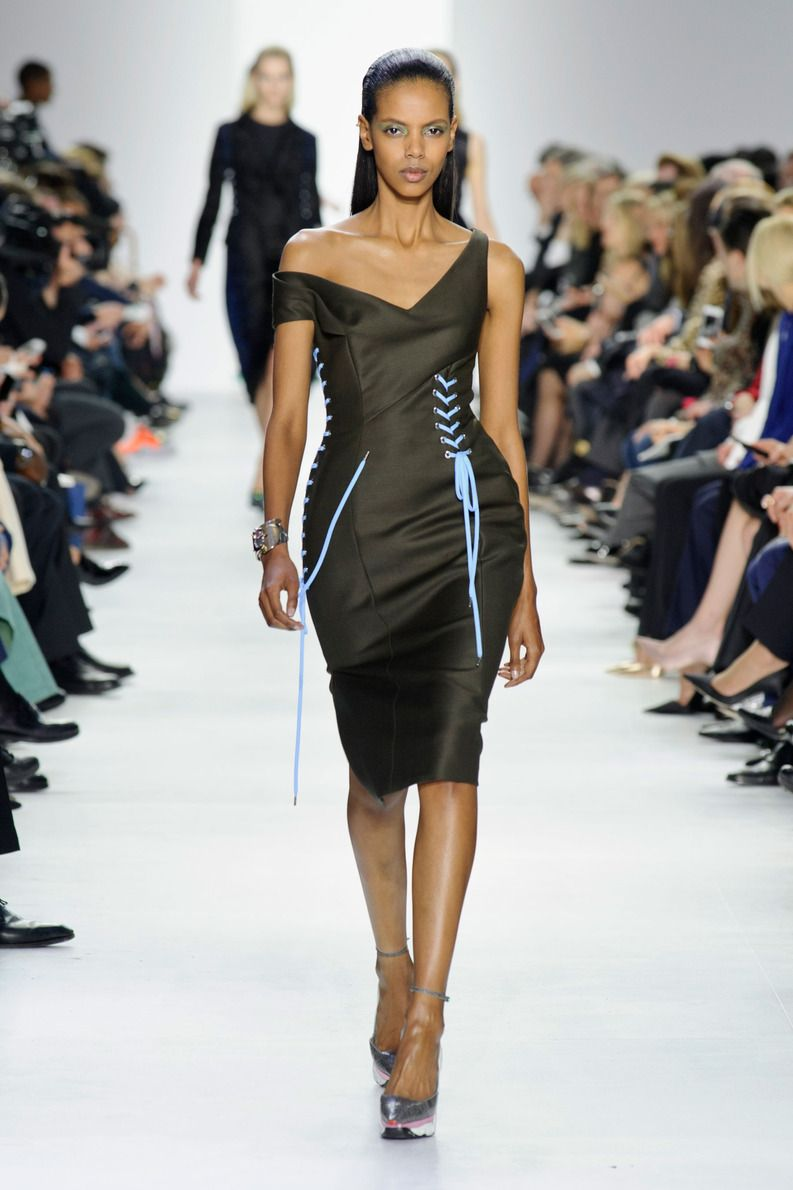 Défile Christian Dior Prêt-à-porter Automne-hiver 2014-2015 - Look 30